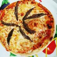 Pizza Sardellen Groß